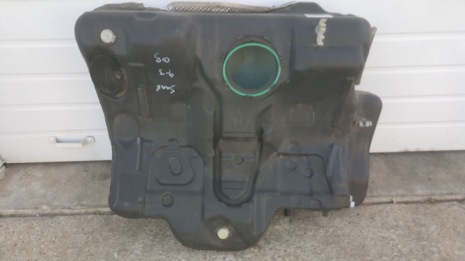 2003-2004-05-2006 SAAB 9-3 FUEL GAS TANK 22680474 SEDAN Does not apply