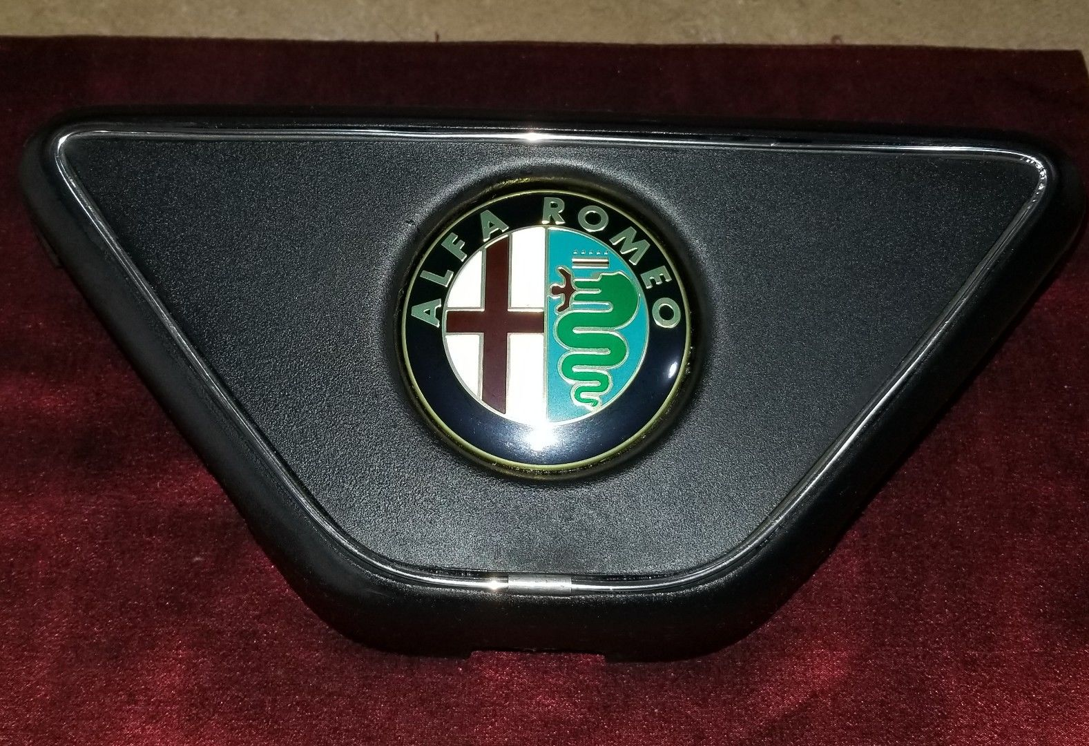 ALFA ROMEO SPIDER front bumper grill grille with Emblem