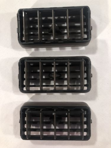 1997-2001 TOYOTA CAMRY DASH A/C AIR VENTS-OEM