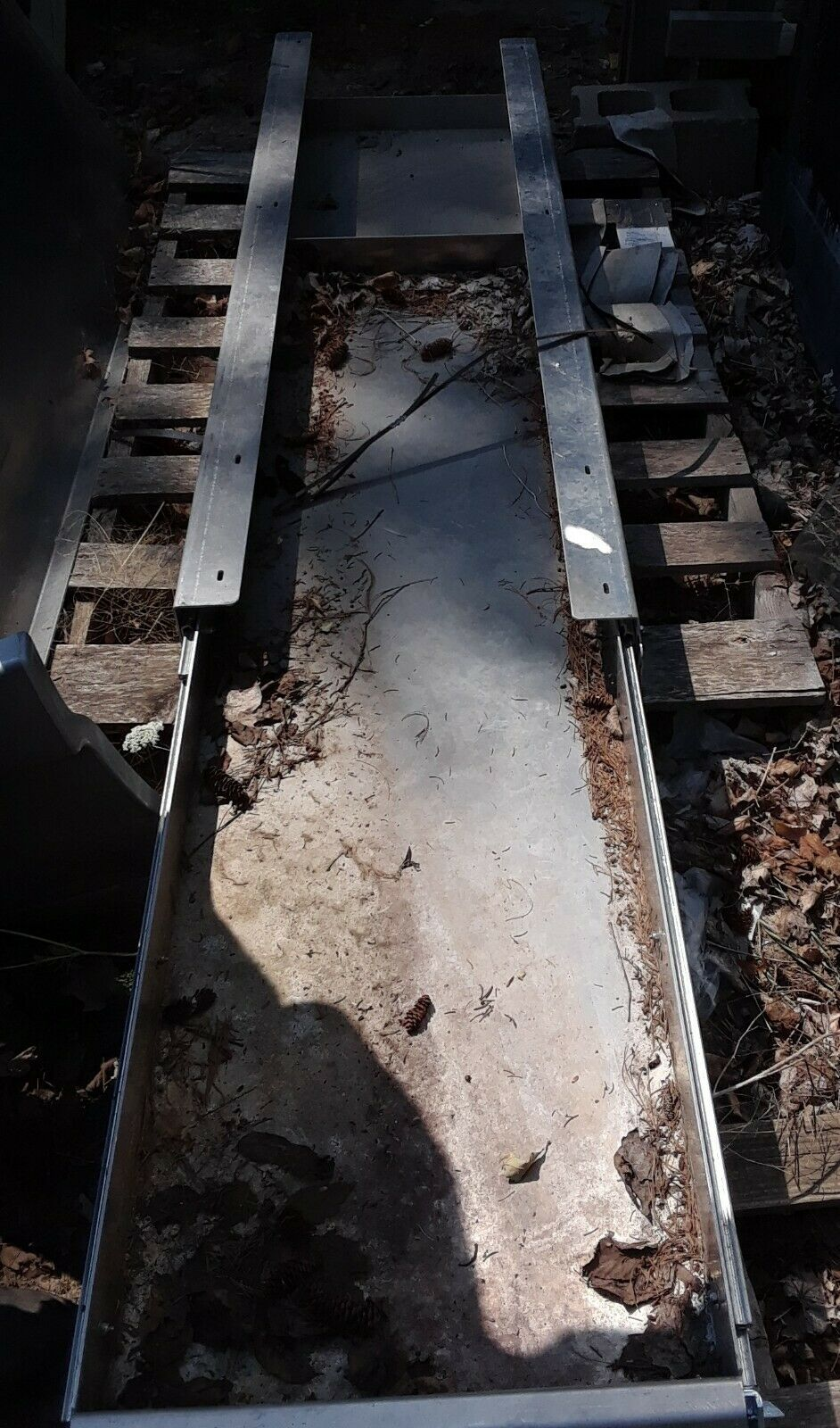 UTILITY TRUCK BED EQUIPMENT SLIDE OUT TRAY INSERT  UNKNOWN