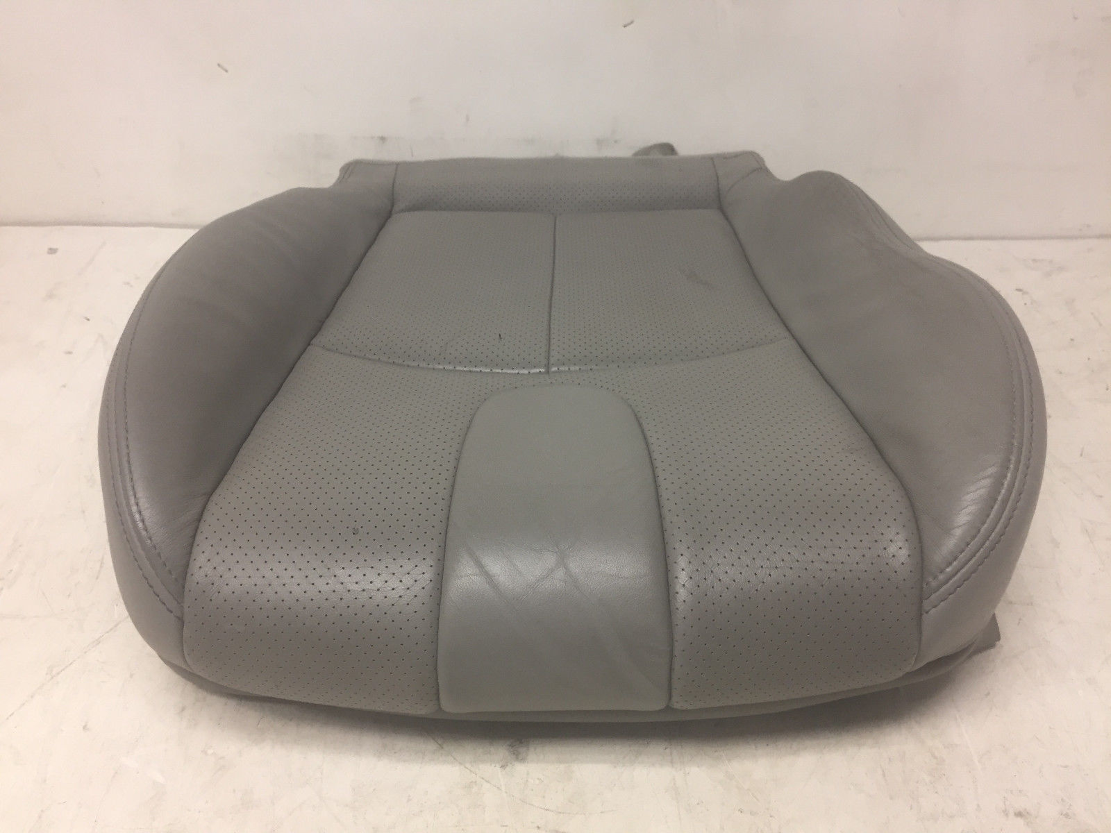 2008 Infiniti G35 Front Left Driver Said Lower Grey Cover Seat