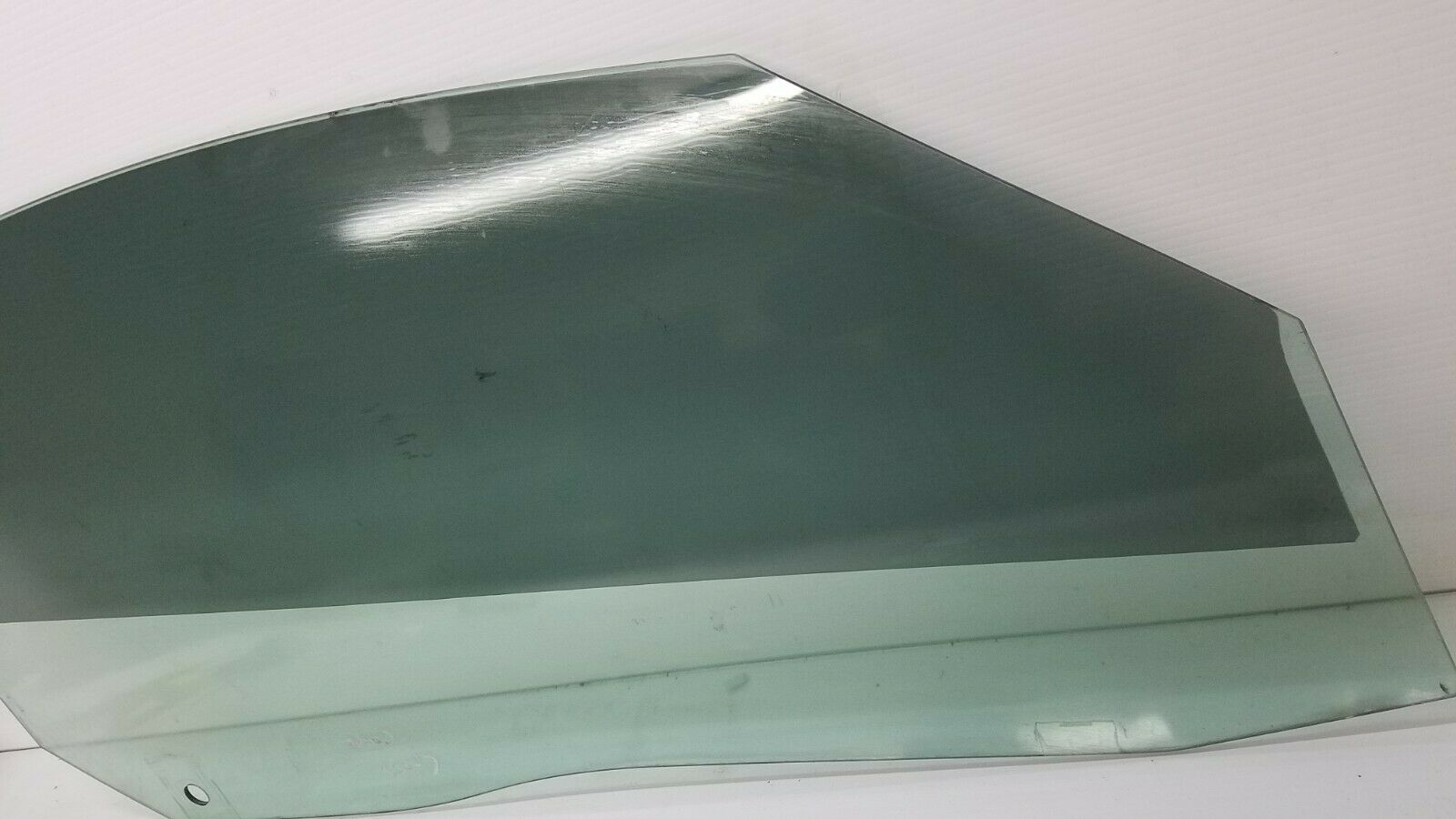 2004-2008 CHRYSLER CROSSFIRE RIGHT PASSANGER SIDE DOOR WINDOW GLASS OEM Does not apply
