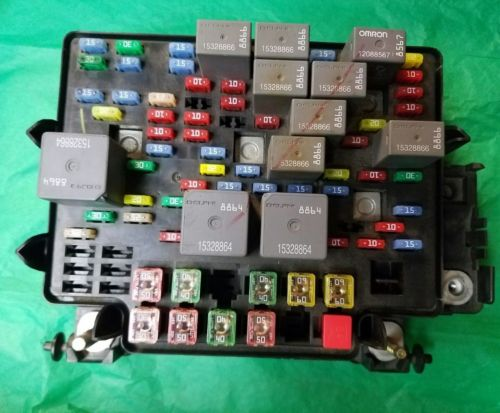 03 04 05 06 CHEVROLET TAHOE FUSE BOX 15201930-02 OEM UL  Chevy Tahoe Fuse Box on