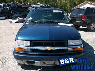 PASSENGER RIGHT CORNER/PARK LIGHT FITS 98-05 BLAZER S10/JIMMY S15 5684867