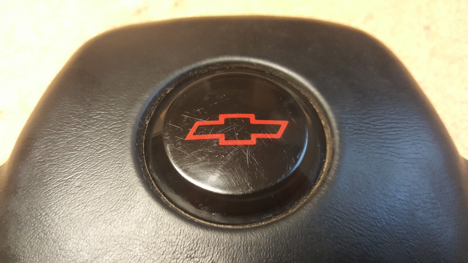 Chevy 3 Spoke Steering Wheel Horn Pad 17996793 1982-86 Camaro 1990-94 Lumina Does not apply
