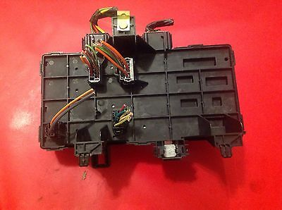 12fbb5a4 ea05 4704 901a d9a84e744abd 2003 2006 ford expedition lincoln navigator fuse box 2l1t 14a067 Circuit Breaker Box at soozxer.org