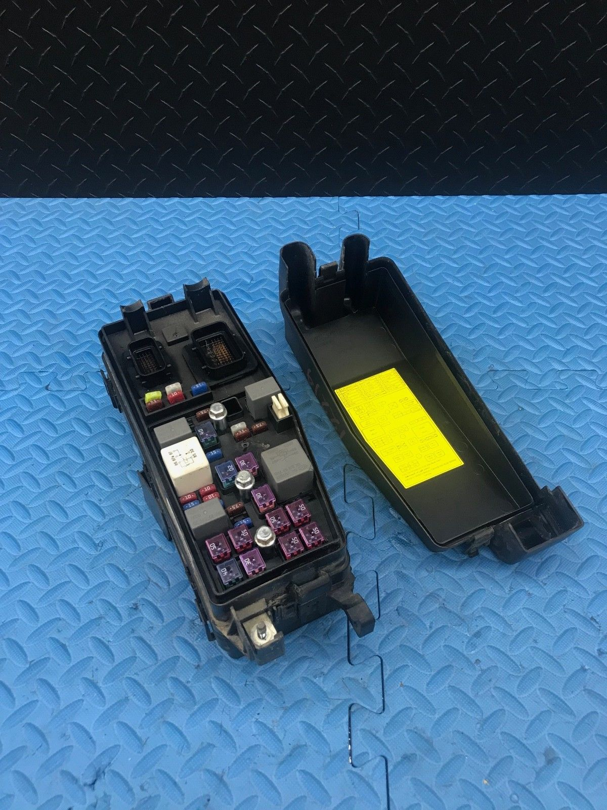 Kia Sedona Part Wire Wiring Junction Fuse Block Relay Panel Box ...