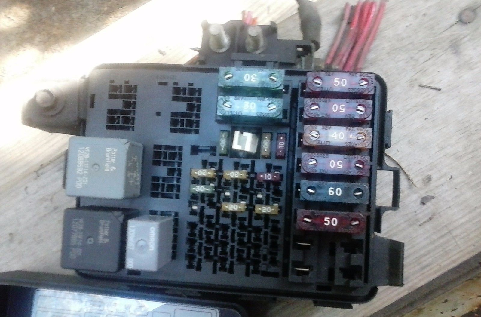 Box Diagram In Addition Chevy Malibu Fuse Box Diagram Moreover 2000