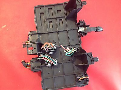 1952c39c 62de 4bd8 9036 17dc694fce0f 03 04 05 06 ford expedition lincoln navigator fuse box 2l1t 14a067 Circuit Breaker Box at soozxer.org