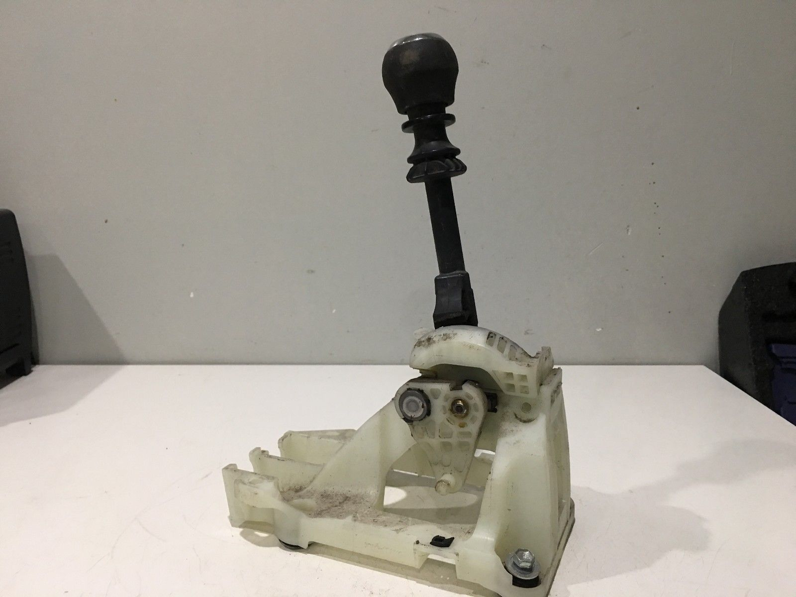 2014 2015 2016 2017 TOYOTA COROLLA MANUAL SHIFTER ASSEMBLY OEM MG