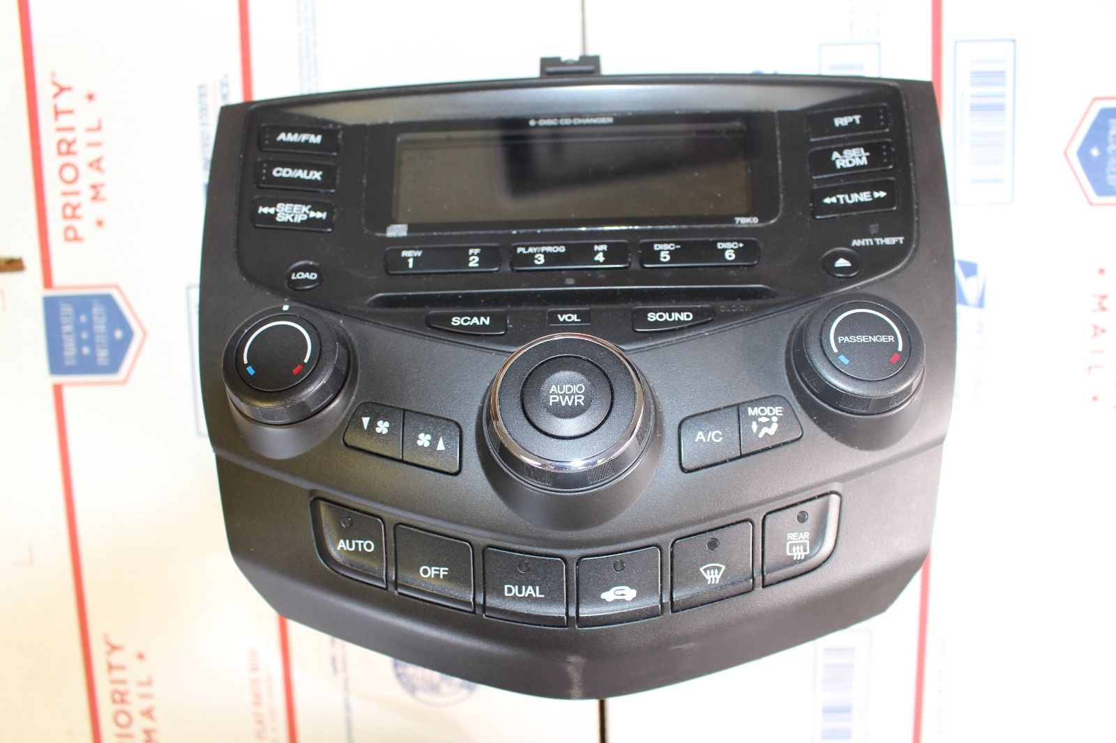 Honda Accord 03-07 6 CD Player Changer Radio,Climate Control, Factory OEM W/Code