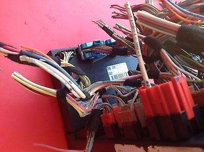 1d0cb974 35db 4794 96b8 b7049273c541 98 05 mercedes w163 ml320 ml350 ml430 ml500 front fuse box sam  at gsmportal.co