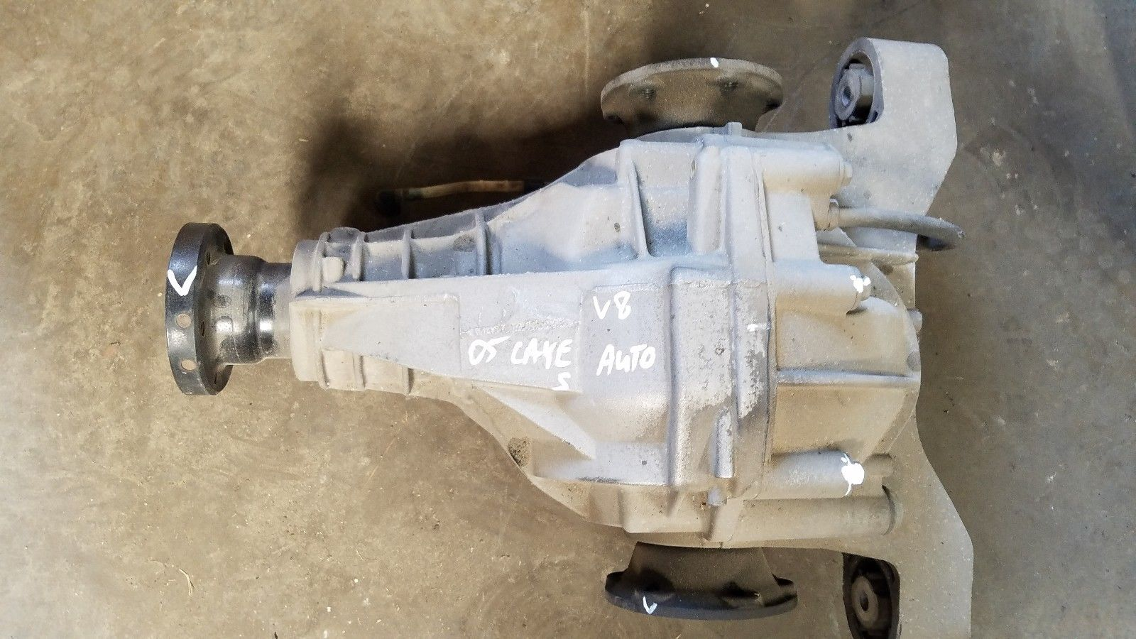 2003-2006 PORSCHE CAYENNE S REAR DIFFERENTIAL 4.5L V8 OEM Does not apply