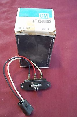 1974 NOS Buick Riviera LeSabre Electra 225 Power Antenna Switch GM 1246003
