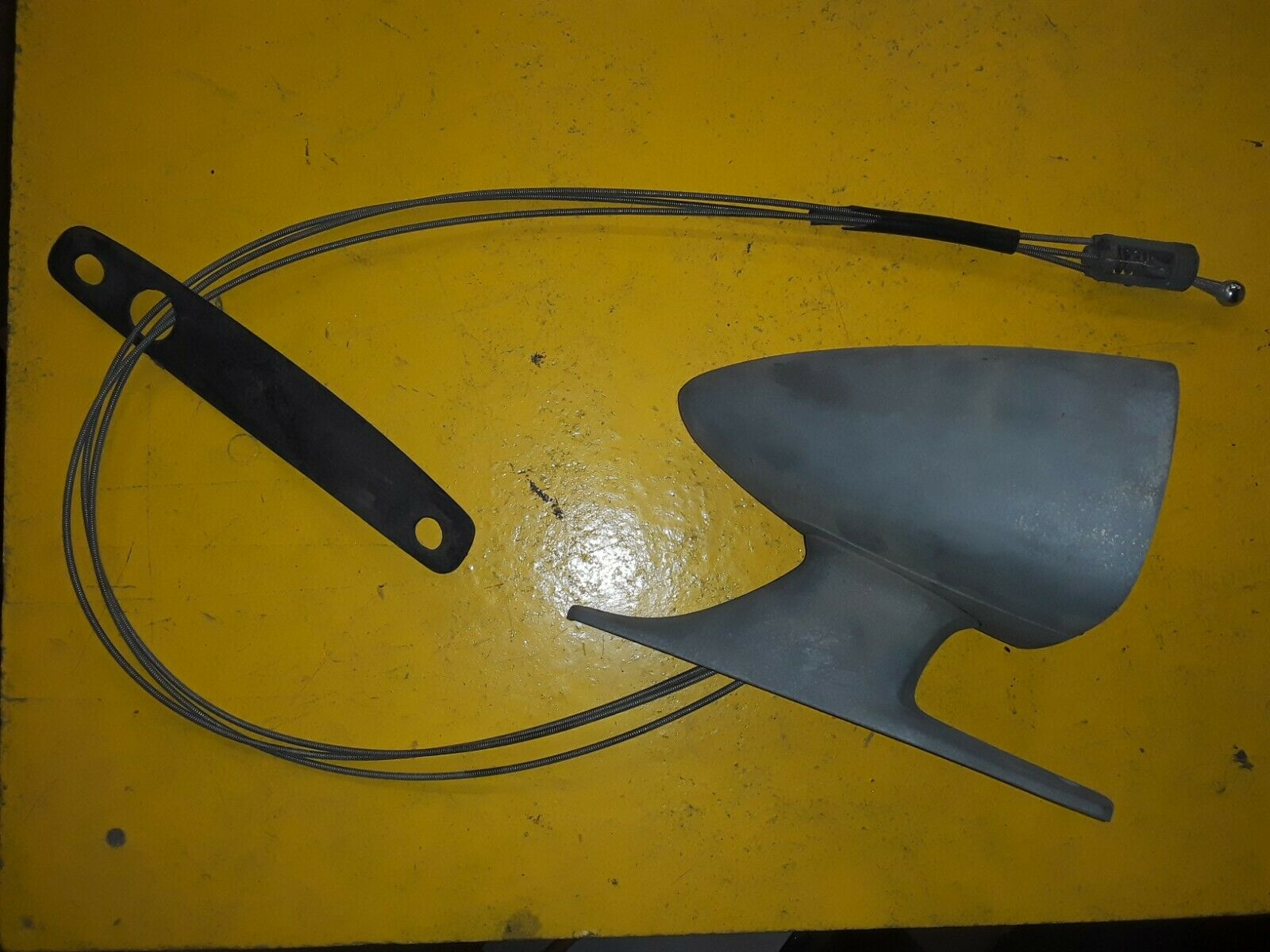 OEM FORD Original/Used LEFT Remote Sport Mirror / REMOTE C90B-177743-AW Does not apply