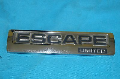 08-2012 FORD ESCAPE REAR LIFT GATE EMBLEM  8L84-7843156-BA 8L84-7843156-BA