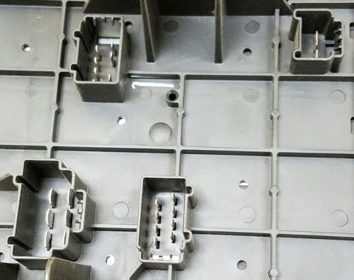 207bb1b7 b73b 4288 9998 96b23b095765 03 06 navigator expedition fuse box power distribution oem pn Circuit Breaker Box at soozxer.org