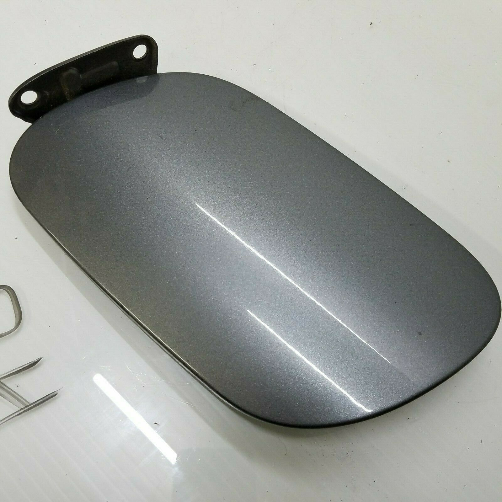 2003-2006 PORSCHE CAYENNE GAS FUEL FILLER TANK LID DOOR COVER GRAY OEM 7L5809905 Does not apply Po4Cay