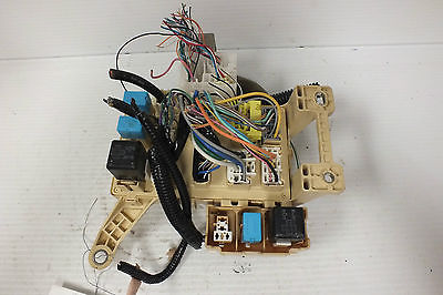 photo gallery  1/9  previousnext  06 07 2006 2007 toyota highlander hybrid  junction relay fuse box