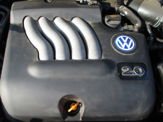 Volkswagen Beetle 2 0l Engine Cover 1999 2000 2001 2002 2003 2004 2005 06a103925 06a103925