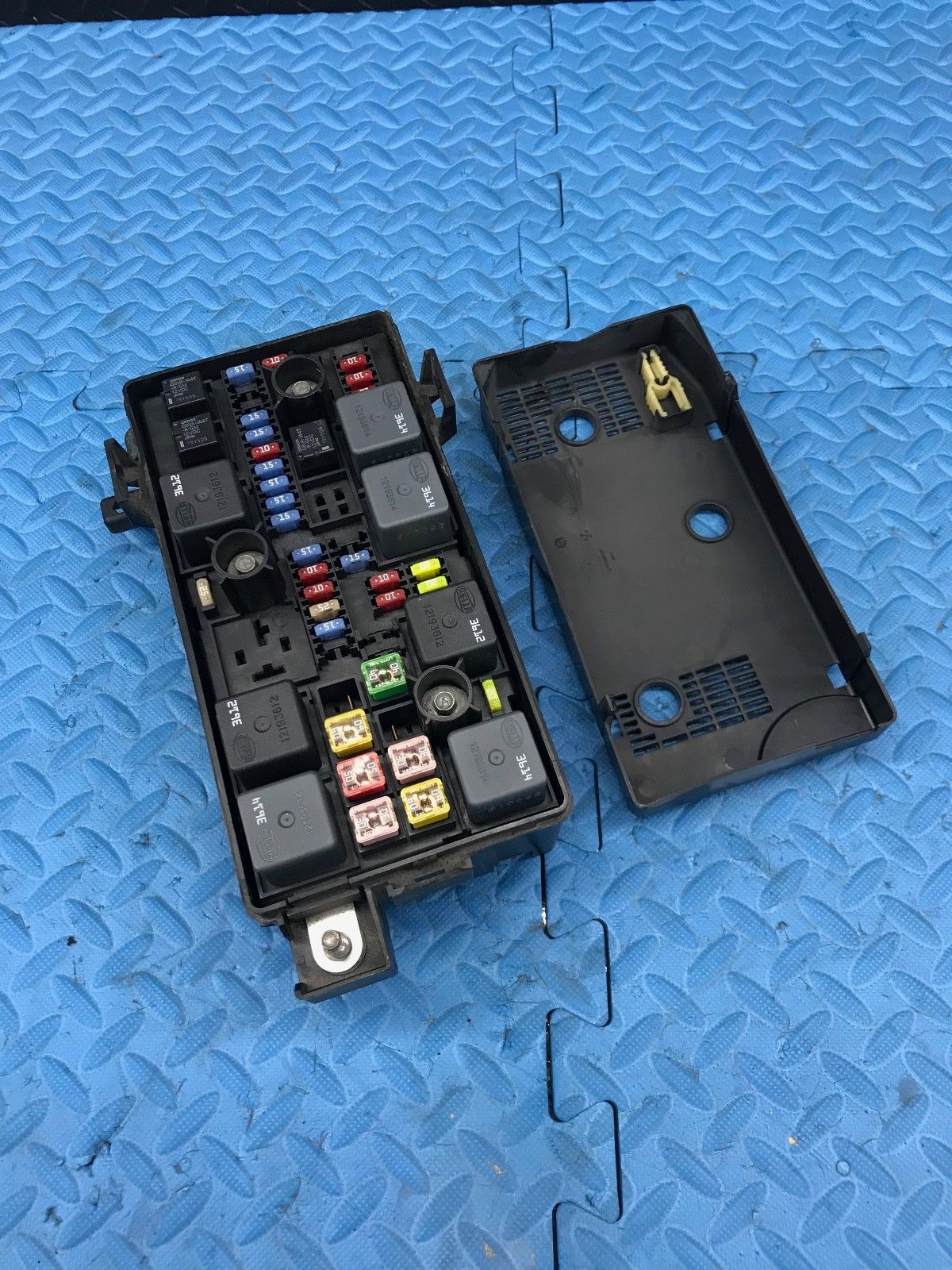 Buick Lucerne Fuse Box Replacement Wiring Library 2008 Block Rh Justparts Com 2007 Problems