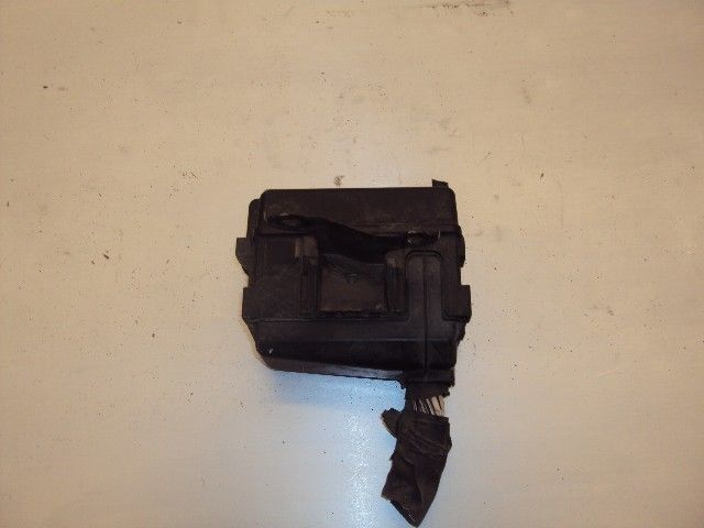 97 Lexus Es300 Fuse Relay Box 1997 2653   646 Le1h97  1997 Lexus Es300 Sedan 3 0l Used Parts