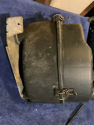 Classic Saab 900 2.1L 16 Valve Non-Turbo Air Filter Housing Metal Plate Mounting 4158457
