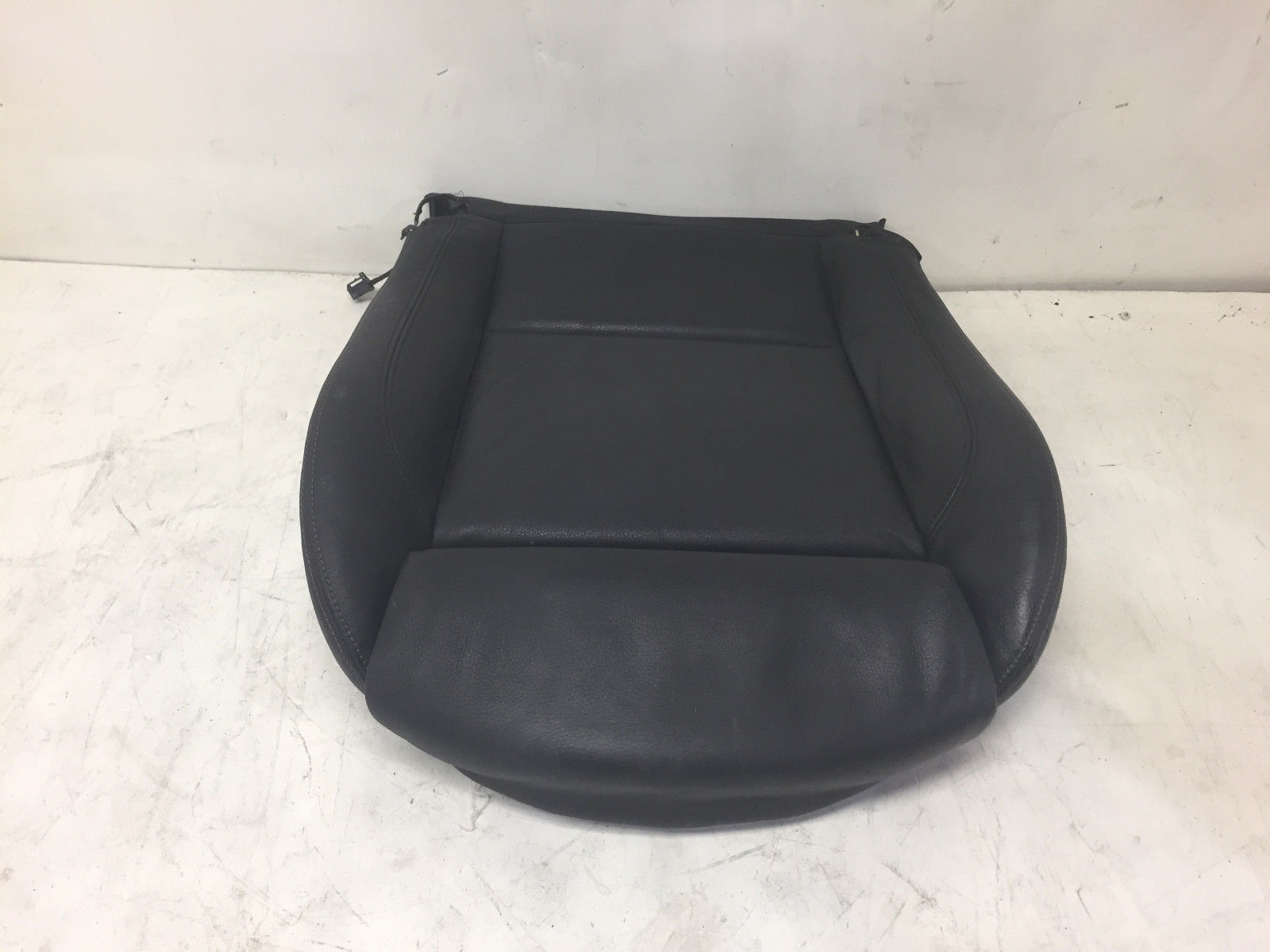 2011 BMW 325 E90 Front Left Driver Said Lower Leather Original Cover Bottom Seat