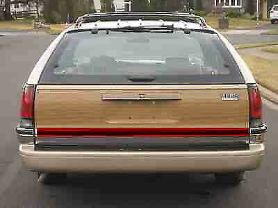 Tailgate Body Molding for 1991-96 Buick Roadmaster Olds Chevrolet Caprice WAGON Does not apply