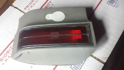 FOR 76 77 OLDS CUTLASS Left Tail Light Assembly - 166-00842BL 2B2E574A-6219-4FFC-A0C1-CAAA66352942