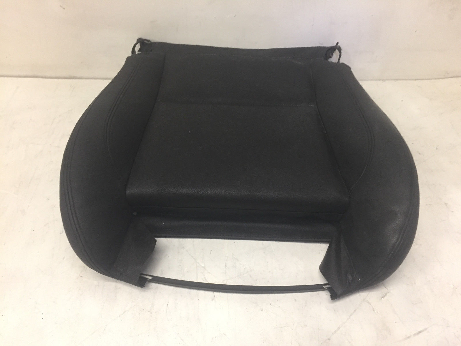 2013 BMW X1 Front Left Driver Said Lower Leather Seat