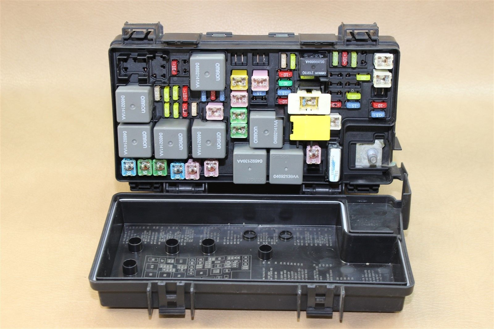 REMAN 09 JEEP WRANGLER 3.8L TIPM TEMIC INTEGRATED FUSE BOX MODULE  04692289AC OEM Does Not