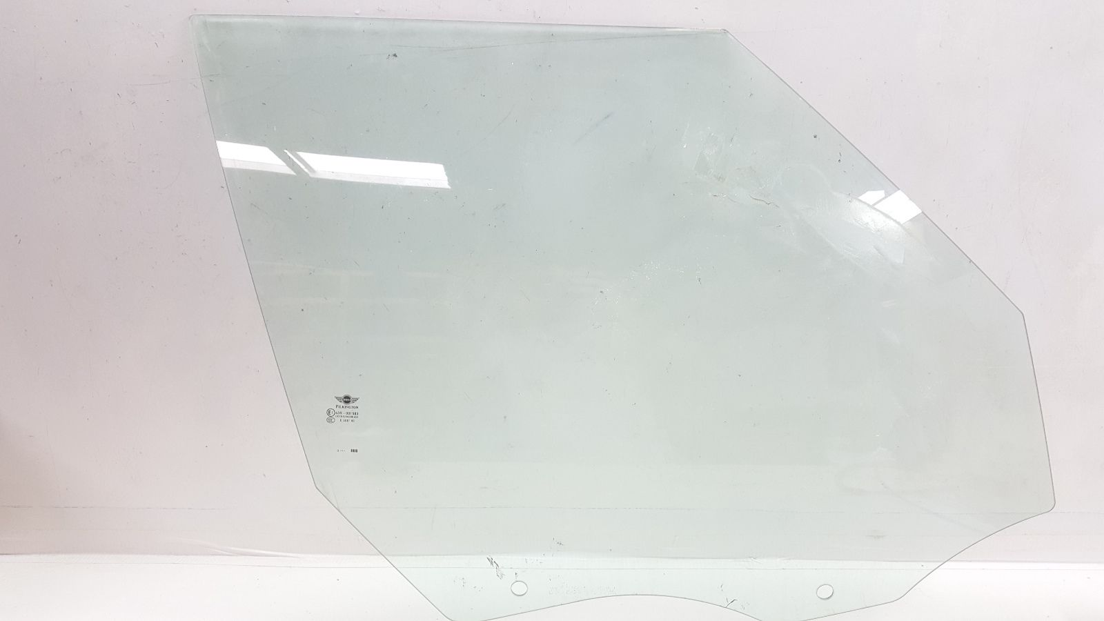2011 Mini Cooper Countryman Right Front Passenger Door Glass / Window OEM R60