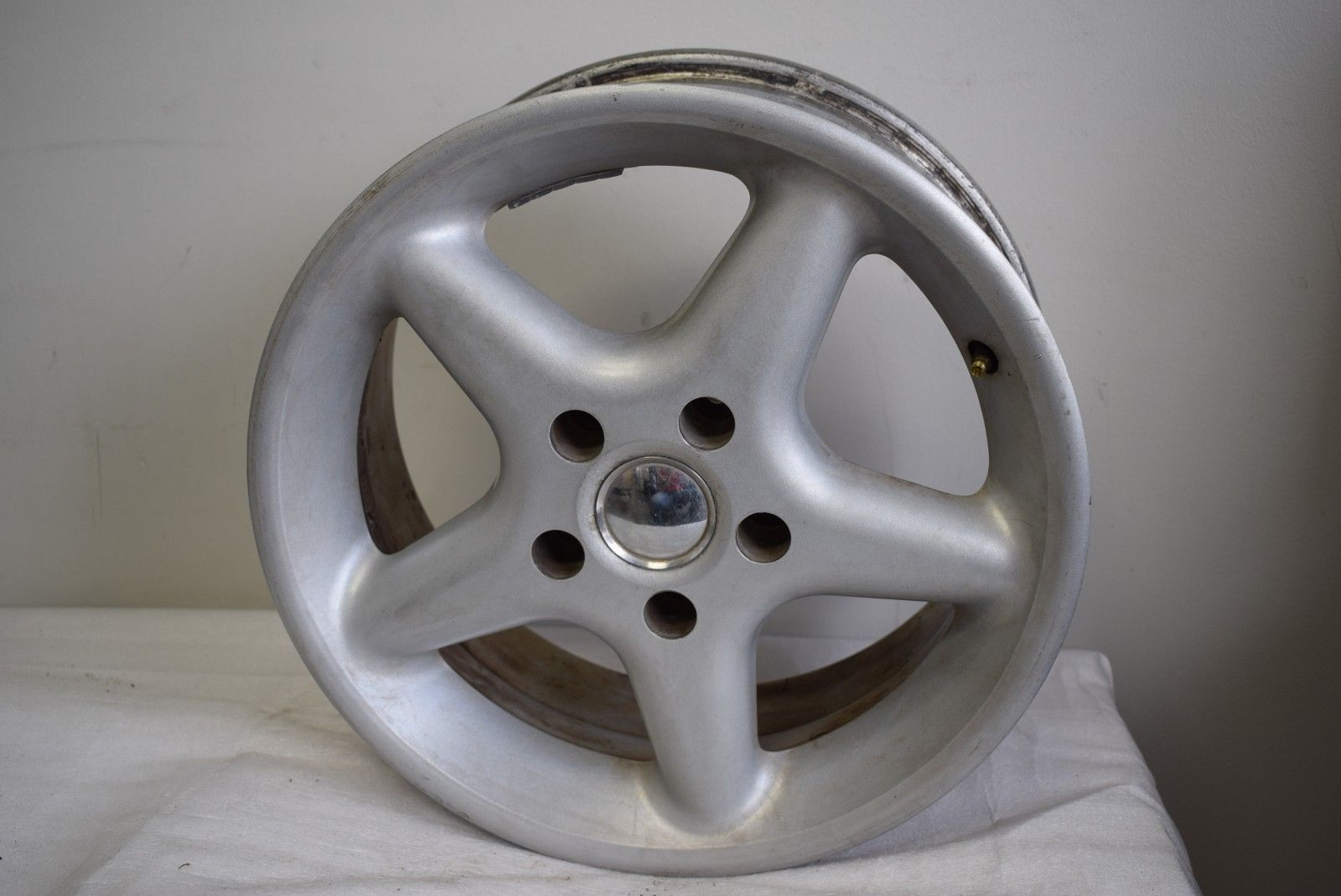 GENUINE 5 SPOKE STAR 16'' INCH 16X7 WHEEL RIM OEM