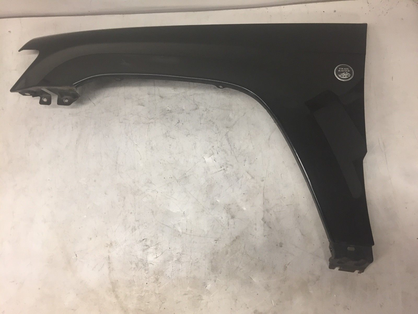 2005 Jeep Grand Cherokee Front Left Driver Said Fender Panel Grey OEM