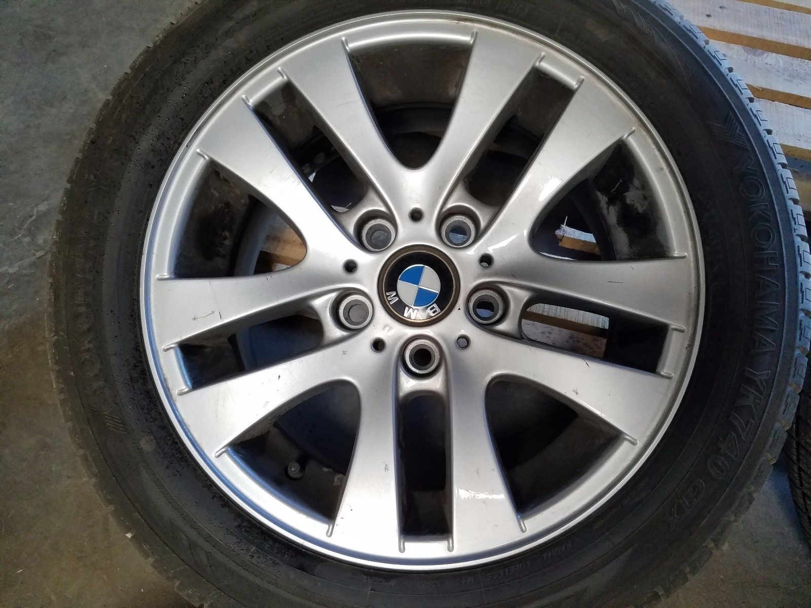 2006 2011 bmw e90 325i 328i 330i wheel rims tires set r16. Black Bedroom Furniture Sets. Home Design Ideas