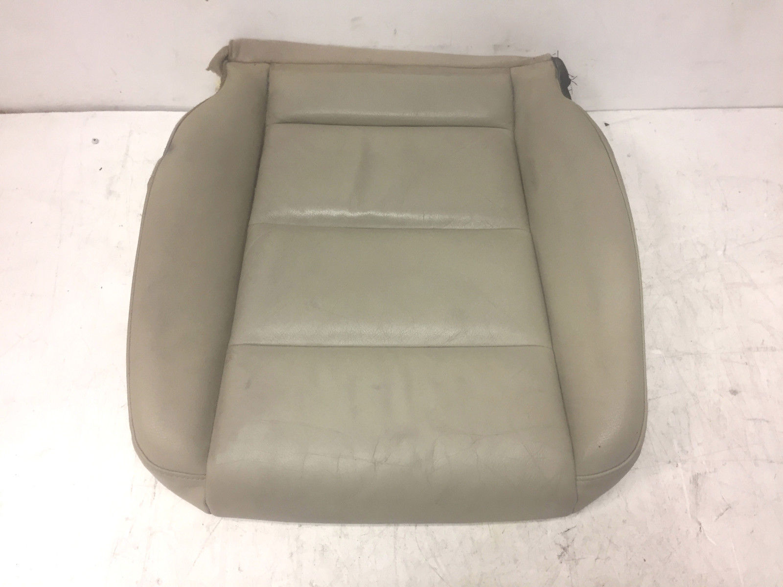2008 Audi A4 Front Left Driver Said Lower Cover White Seat