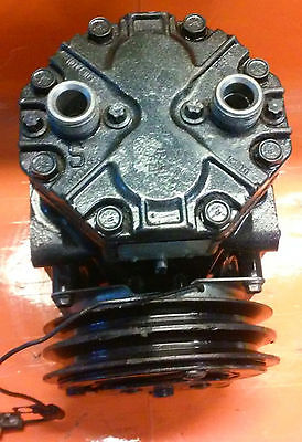 YORK 210 AC COMPRESSOR W/CLUTCH (DOUBLE V-BELT) WARRANTY Does Not Apply