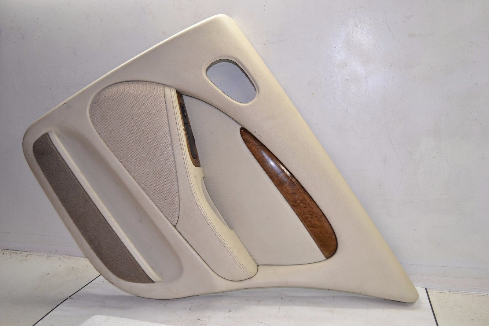 2003-2008 JAGUAR S-TYPE REAR RIGHT PASSENGER INTERIOR DOOR COVER PANEL SEL
