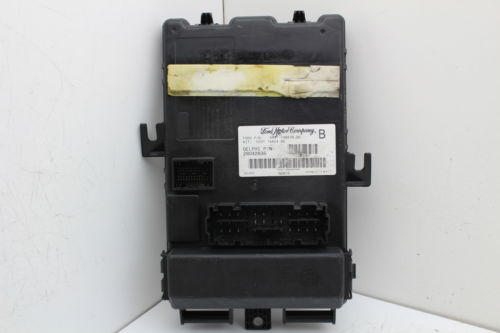 05 06 Ford Mustang 5r3t 15604 Be Multifunction Smart Junction Box Module 689125070640 L5229