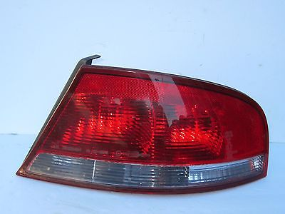 01-06 SEBRING RH PASSENGER 4 DOOR TAILLIGHT BRAKE TAIL LIGHT ID# 04805352AA