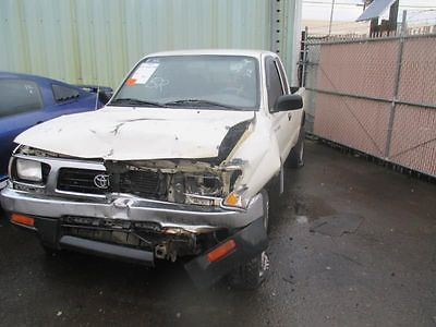 95 96 97 98 99 00 01 02 03 TOYOTA TACOMA R. FRONT DOOR GLASS 8968181 277-59377AR 8968181