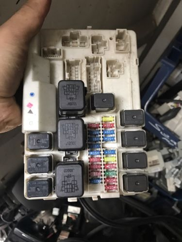 2004 2005 2006 2007 Nissan Murano Fuse Box Relay Power Module Ipdm OEM
