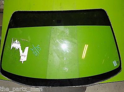 92 93 94 95 96 Prelude OEM front windshield glass