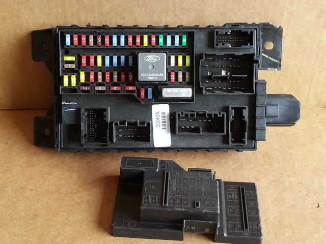 2009 ford focus bcm fuse box block panel used oem 7l1t. Black Bedroom Furniture Sets. Home Design Ideas