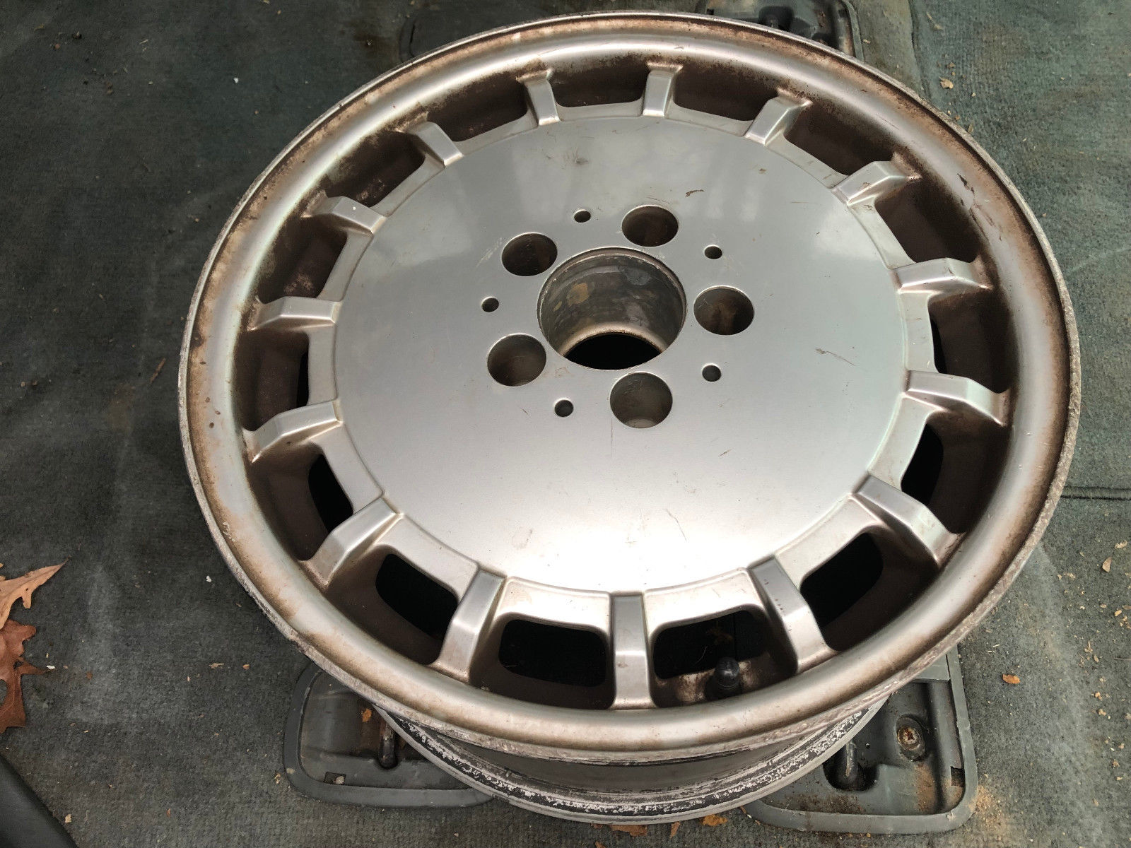 1294010602 OEM ALLOY 16X8 WHEEL for Mercedes R129 300SL 500SL 600SL