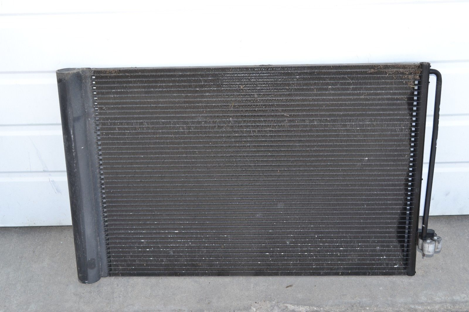 2006-2008 BMW 750i 750Li A/C CONDENSER OEM Does not apply