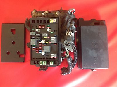 2004 2005 GMC Envoy Trailblazer Under Hood Fuse Box Panel Complete 15120876-1 15134408-01