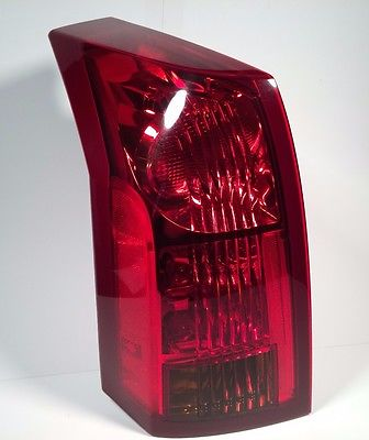 03 04 05 06 07 Cadillac CTS Left LH Driver Side Taillight Tail Brake Light Lamp Does Not Apply