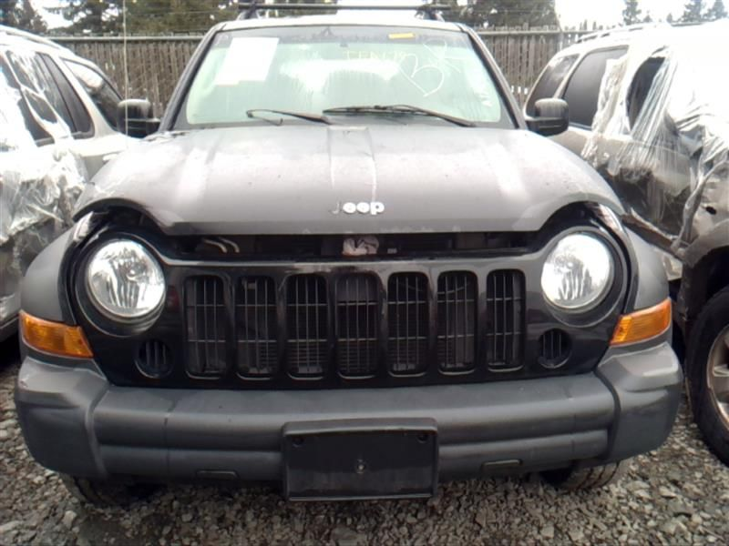 06 07 JEEP LIBERTY AC CONDENSER 8674813 679-00110 8674813